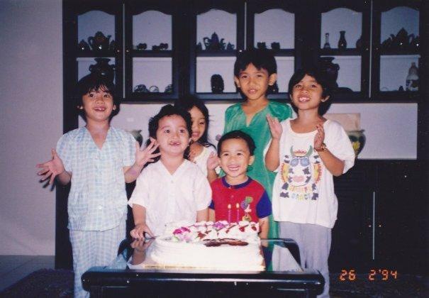 Syasya, Afiq, Dedeq, Mimie, Boy, Tiqa (kanak-kanak riang ini sudah tiada)